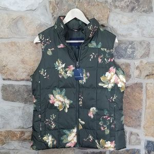 NWT Lands End MEDIUM Forest Night Floral Down Vest